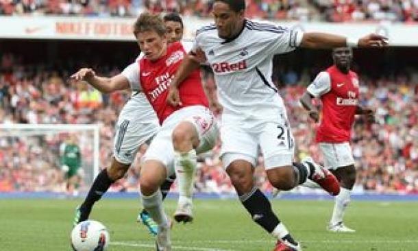 Prediksi Skor Akhir Swansea City Vs Arsenal  28 September 2013