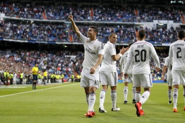 Real Madrid Sukses Lewati Hadangan Almeria Demi Target Kudeta Barcelona