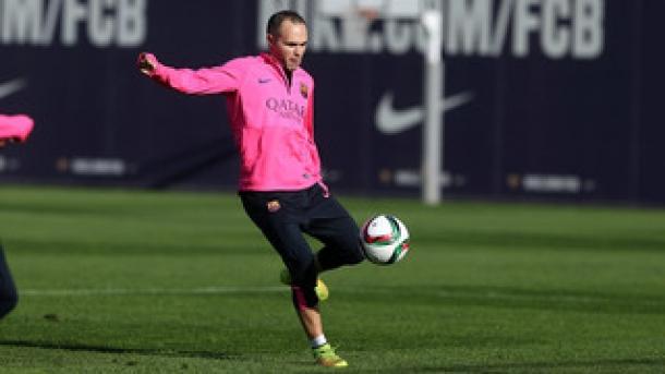 Iniesta Tak Ingin Masalah Cedera Halanginya Bela Barcelona Di Final