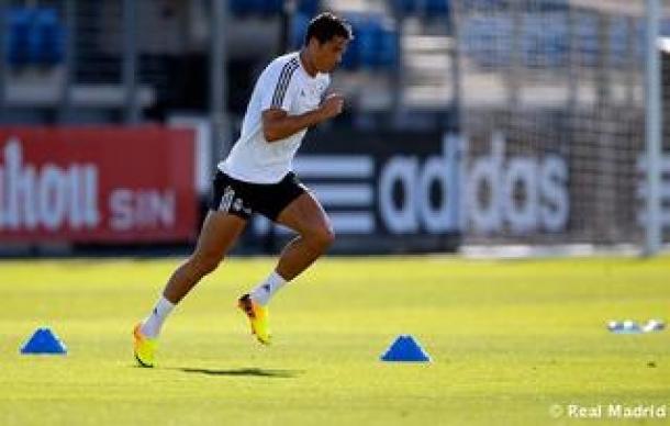 Dua Punggawa Los Blancos Kembali Ikuti Latihan
