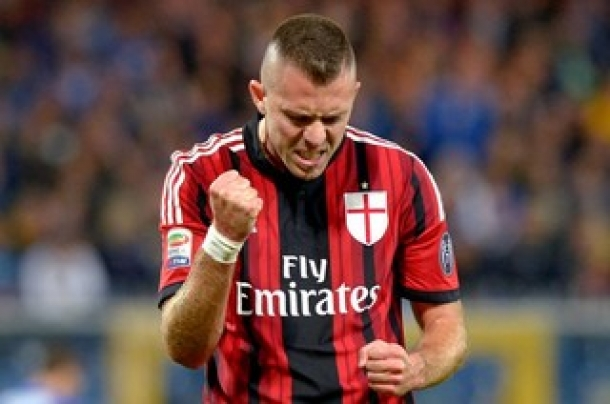 Liverpool Usik Ketenangan AC Milan Dengan Coba Dekati Menez