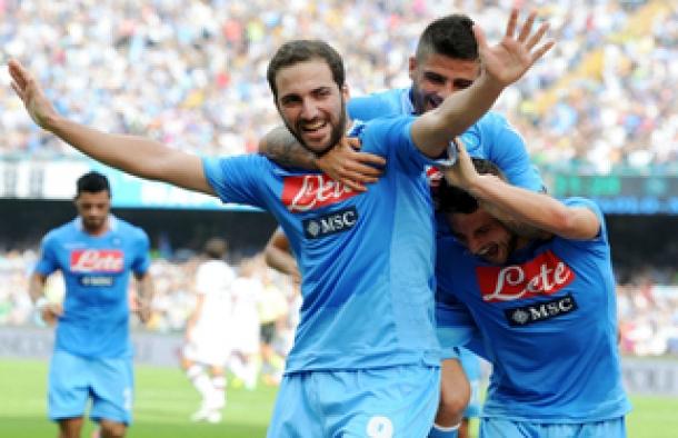 Napoli Tak Ingin Trofi Europa Kembali Luput Dari Genggaman