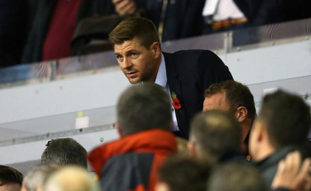 Klopp Tegaskan Kembali Tak Akan Meminjam Gerrard