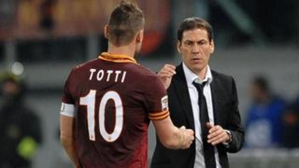 AS Roma Ancam Lengserkan Posisi Sang Pelatih