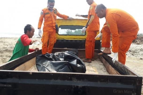 Jasad Nelayan 6 Hari Tak Di Temukan Ternyata Nyangkut Di Karang