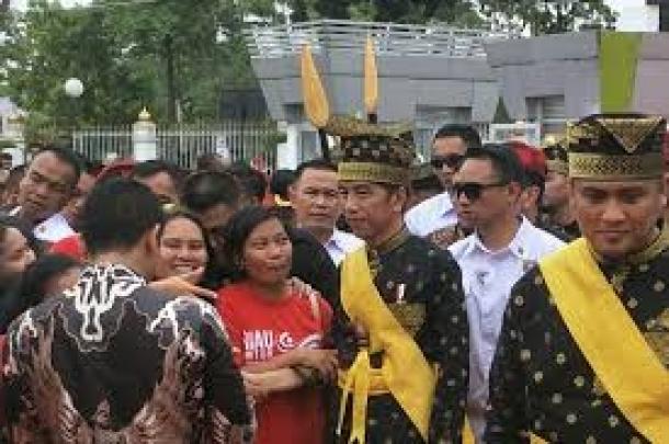 Hadiri Pagelaran,Masyarakat Riau Sangat Antusias